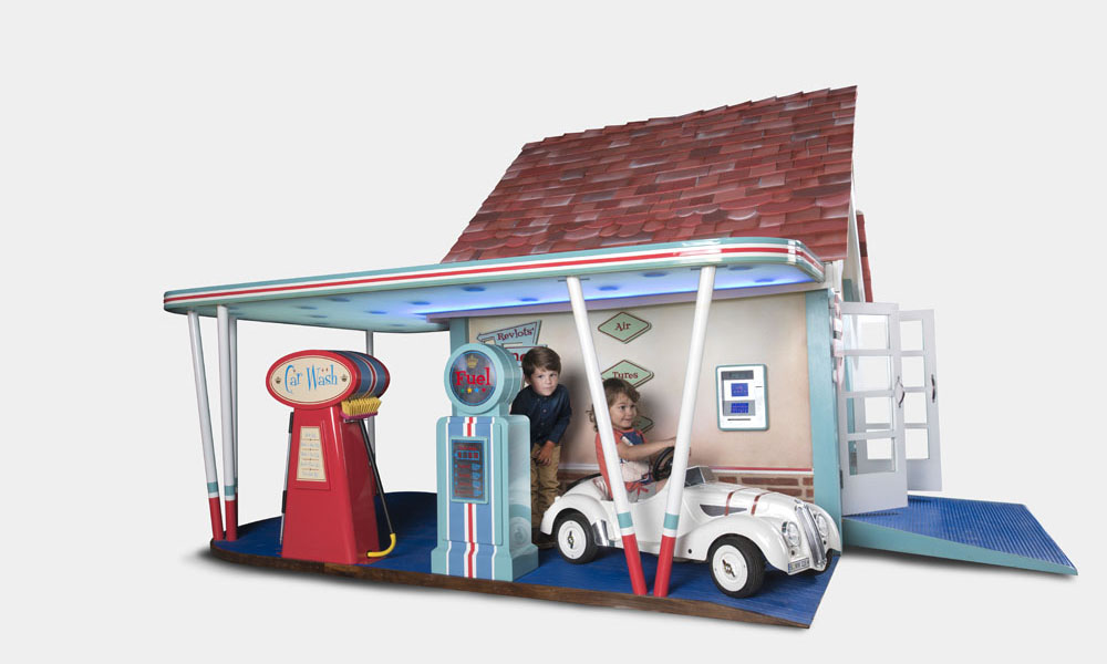 Rascal Revlots Garage Luxury Children S Playhouse
